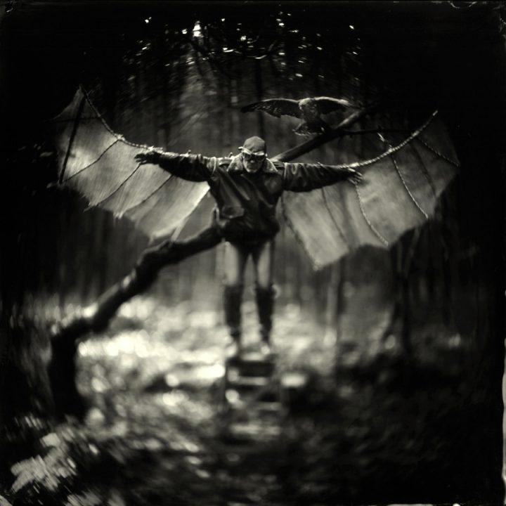 Werk: Icarus