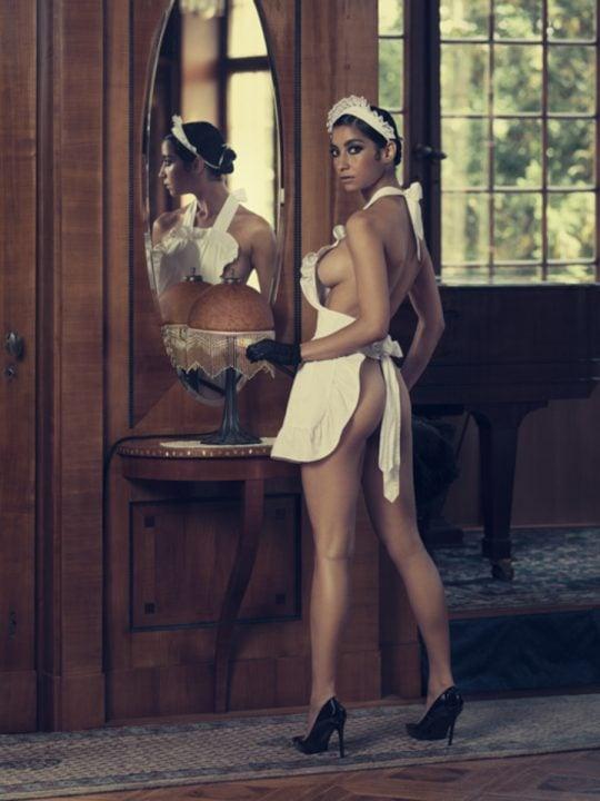 Werk: The Housekeeper